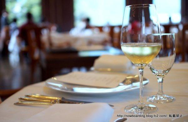 富士屋ホテルのメインダイニングルームの夕食