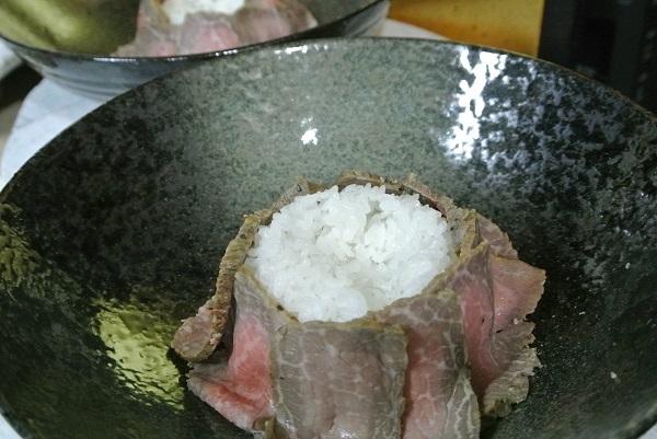 ローストビーフ丼4