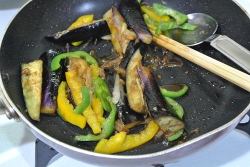 ナスの醤油麹炒め1