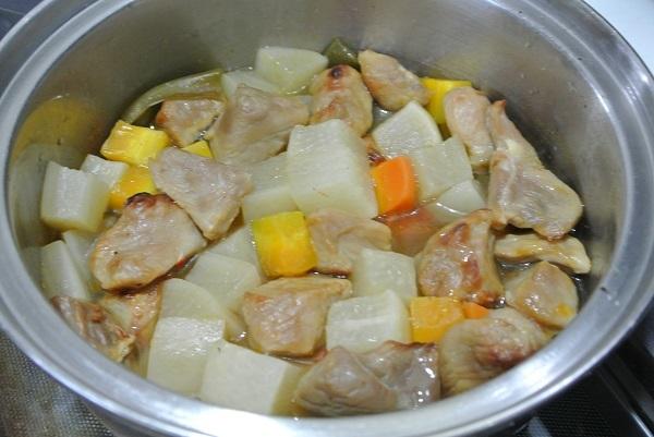 塩豚と大根の煮物2