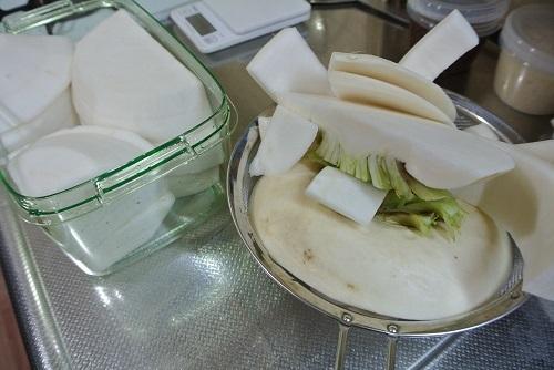 干しカブと塩豚の煮物10