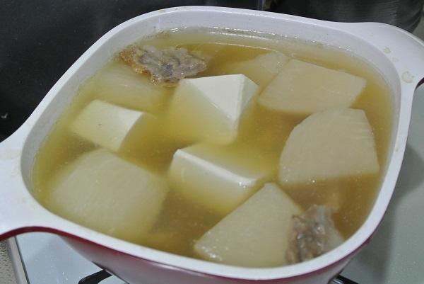 牛スジ豆腐と大根1