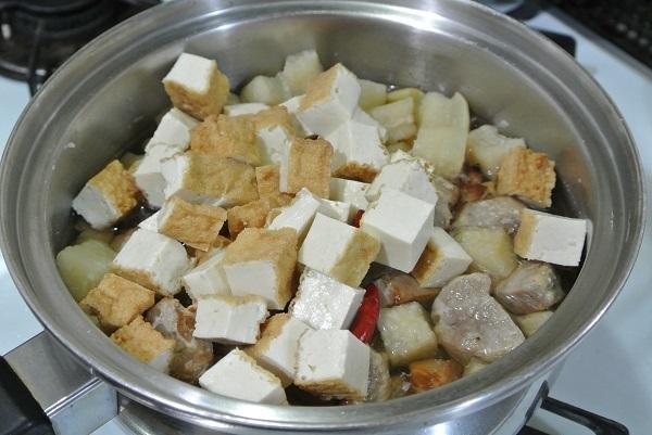干し大根と塩豚の煮物5