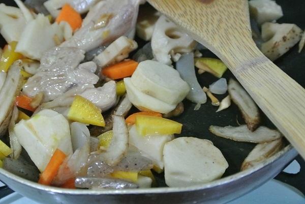 根菜と長芋ソースグラタン2