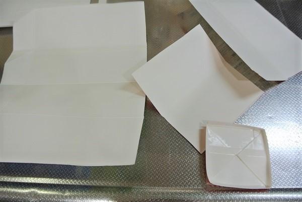 牛乳パックのまな板 (2)