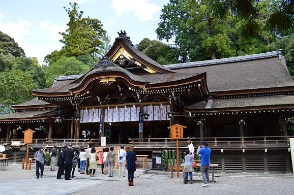 大神神社(おおみわじんじゃ)拝殿