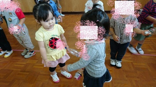 幼稚園のお友達と