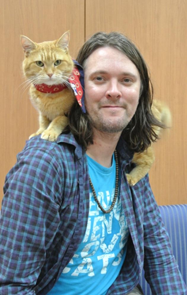 「猫の恩返し」で人生を救われた ジェームズ・ボーエンさん1