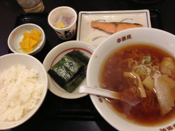 幸楽苑の朝定食wwwwwwww