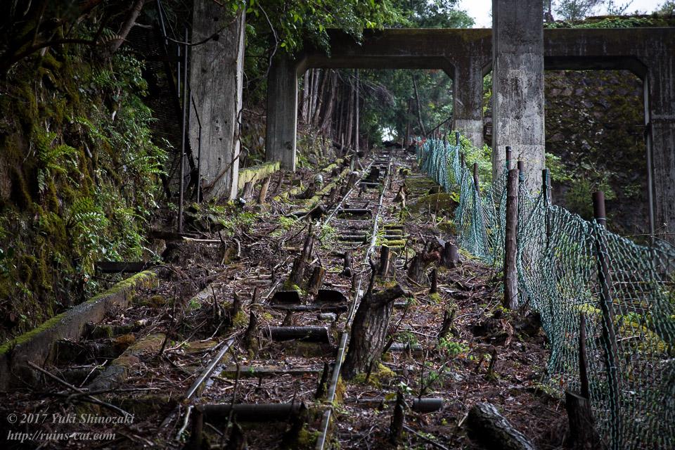 紀州鉱山(紀和鉱山)_頂上へと伸びるインクライン