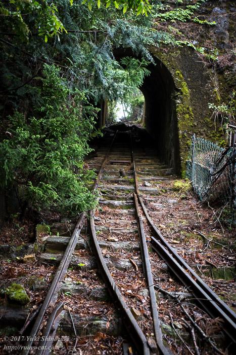 紀州鉱山(紀和鉱山)_インクライントンネル前