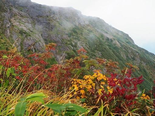 駒ケ岳の岩場