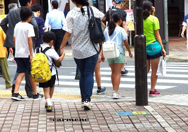 横断歩道夏休み