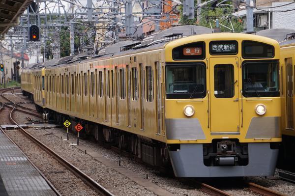 2017-09-23 西武2529F_2047F 急行西武新宿行き 2636レ