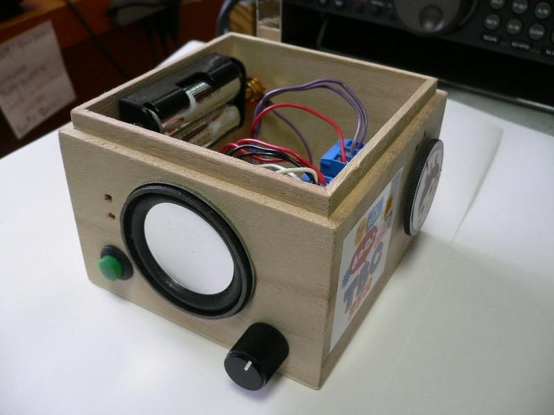 製作したラジオの様子-2