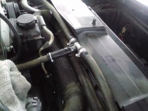 コルベットC6 ラジエーターホースジョイント交換