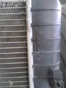 コルベットC6 ラジエーター漏箇所