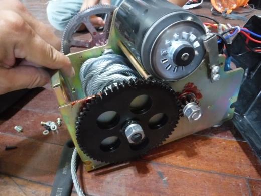 ポータブルウインチ修理 (7)