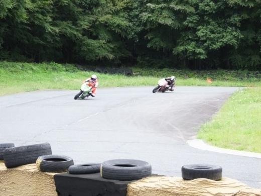 ②サーキットを走ろう (3)