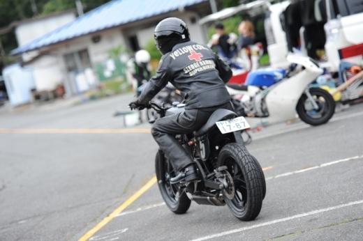③サーキットを走ろう (7)