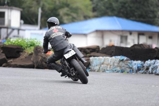 ③サーキットを走ろう (15)
