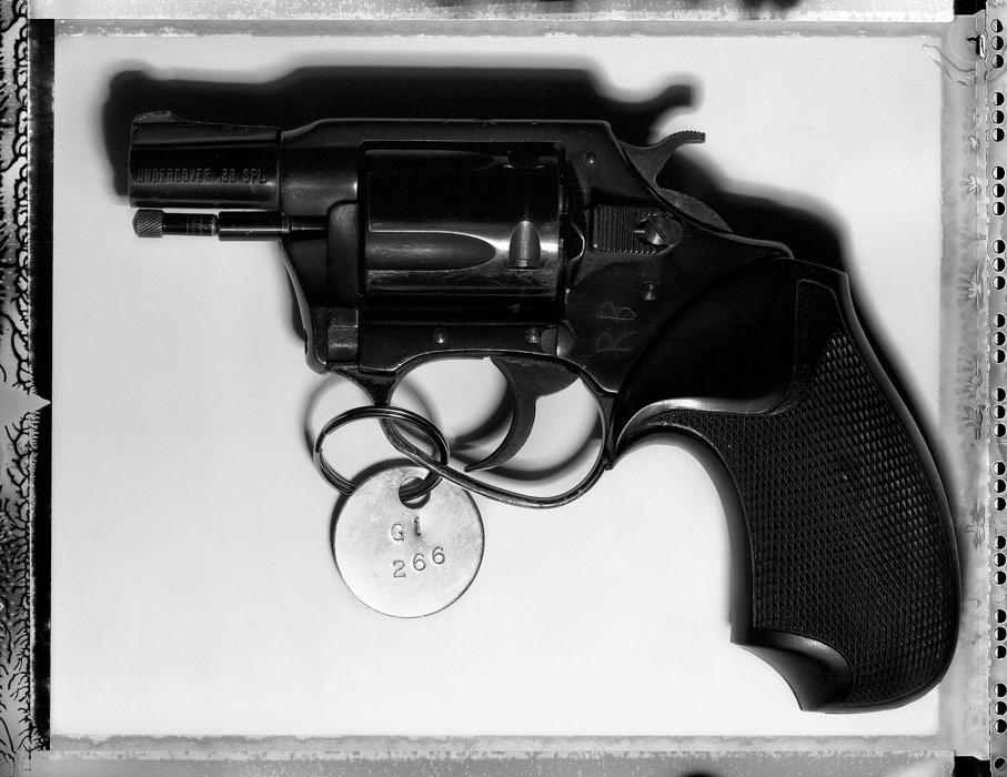 john-lennon-assassination-gun-henry-leutwyler.png