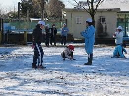 雪遊びjpg