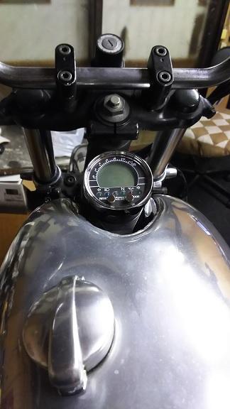 XV75017.jpg