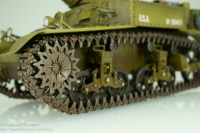 MM_042_1-35_M3_12_LeftFrontCrawler.png