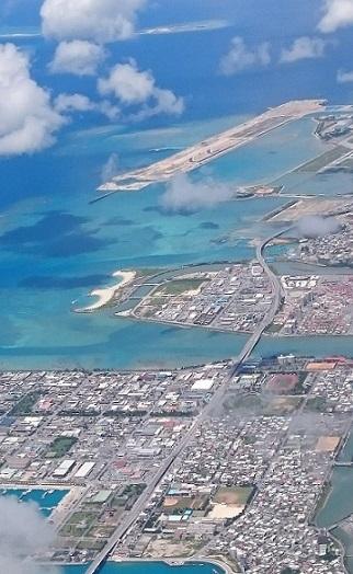 糸満漁港、アウトレットモールしびなー、瀬長島、ナガンヌ島?