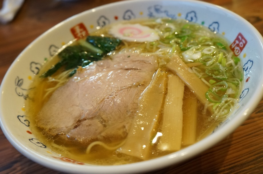 地鶏ラーメン 春@那須塩原市 醤油ラーメン+焼肉丼セット