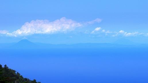 開聞岳と桜島
