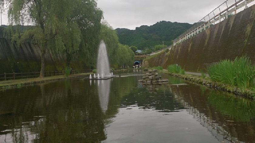 高森湧水トンネル 入口1