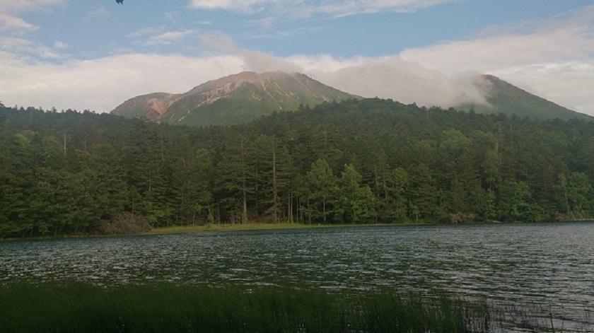オンネトー 山