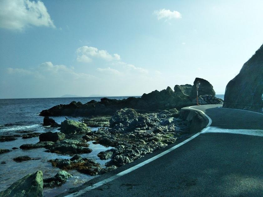 県道 海沿い