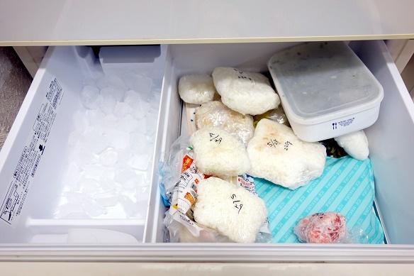 冷蔵庫・冷凍室・上段⑥
