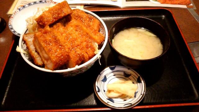 5月3日 ジャンボソースカツ丼
