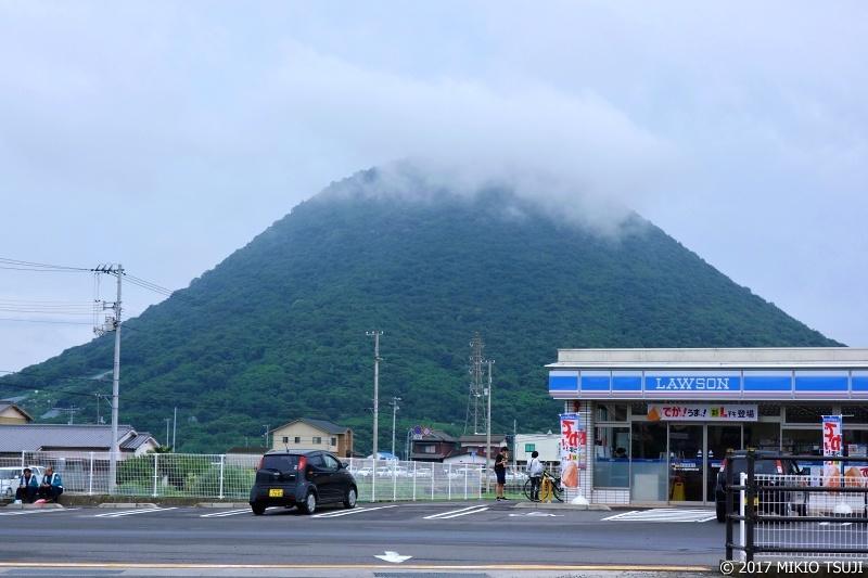 絶景探しの旅 - 0331 讃岐富士のある風景 (飯野山/香川県 丸亀市)